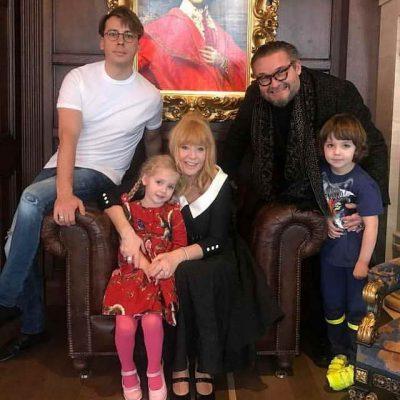 Максим Галкин, Лиза, Алла Пугачева, Александр Васильев и Гарри