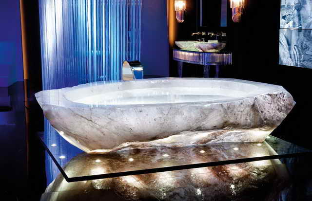 ванна из розового кварца