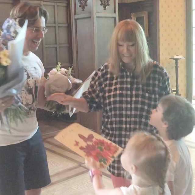 Гарик и Лиза поздравляют с днем рождения Максима Галкина