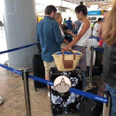 Надя Оболенцева и Резо Гигинеишвили в аэропорту Аликанте