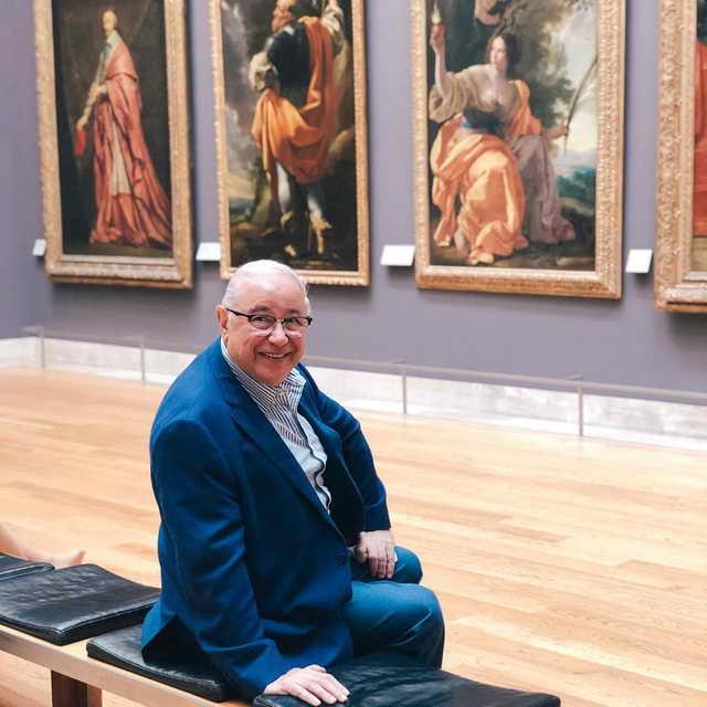 Евгений Петросян в Лувре