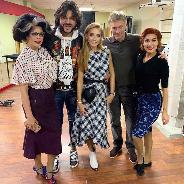 Анастасия Стоцкая и ее гости Дмитрий Песков, Татьяна Навка, Филипп Киркоров и Юлия Ива