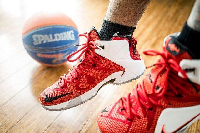 Какие должны быть кроссовки для баскетбола?