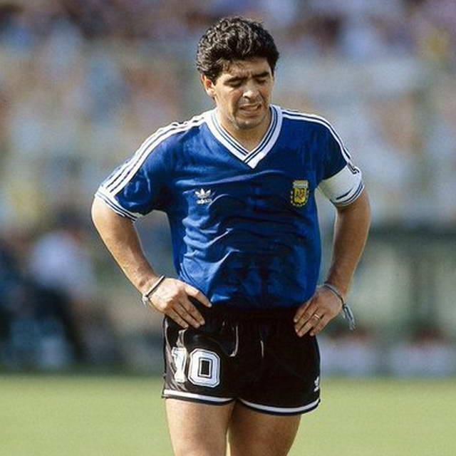 Диего Марадона умер 60 лет