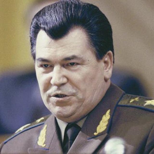 министр обороны Советского Союза маршал авиации Евгений Шапошников