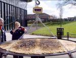 Самое большое уэльское печенье в Книге рекордов Гиннеса
