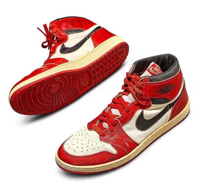 Самые дорогие кроссовки в мире с автографом Майкла Джордана
