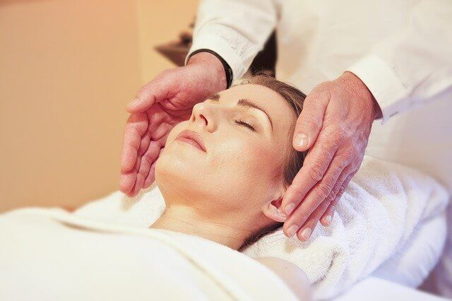 Нефритовый массажер для лица массаж