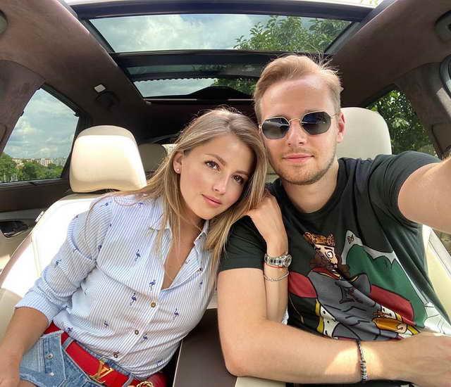 Анна Михайловская с бойфрендом