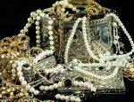 Займ под залог золота и серебра в Москве, а также экспертная оценка изделия
