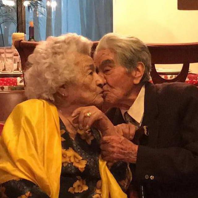 Самая старая супружеская пара 214 лет