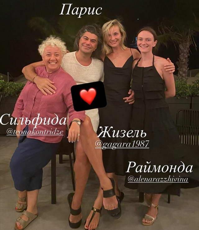 Теона Контридзе, Николай Цискаридзе, Полина Гагарина и Алена Разживина в Турции на отдыхе