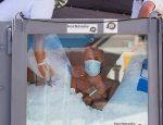 Йозеф Кеберл установил мировой рекорд, просидев в боксе со льдом 2 часа 30 минут 57 сек