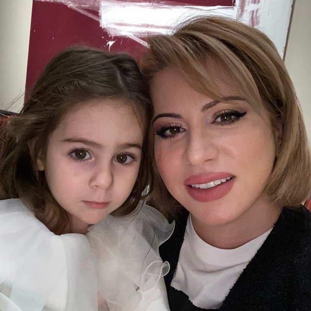 Этери Карапетян и ее внучка Амелия - дочка Таты и Булатова
