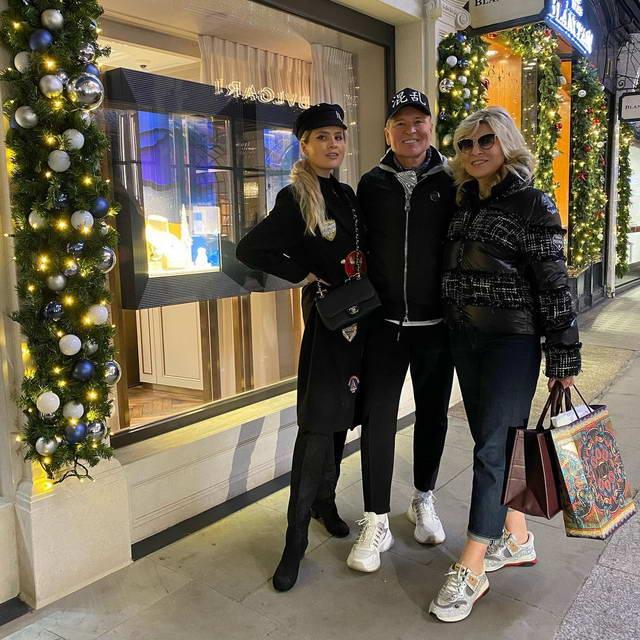 Александр Малинин, Эмма Малинина и Устинья Малинина встретят Новый Год 2021 в Лондоне