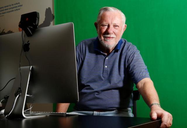 Чарльз Гешке сооснователь Adobe