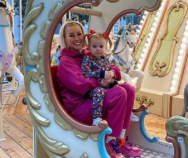 Лера Кудрявцева и дочь