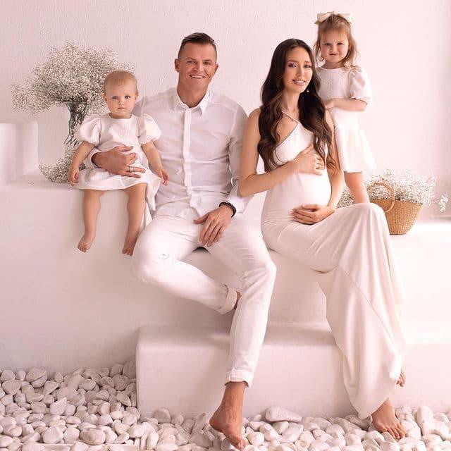 Отец четверых детей Дмитрий Тарасов счастлив в третьем браке и снова выйдет на поле