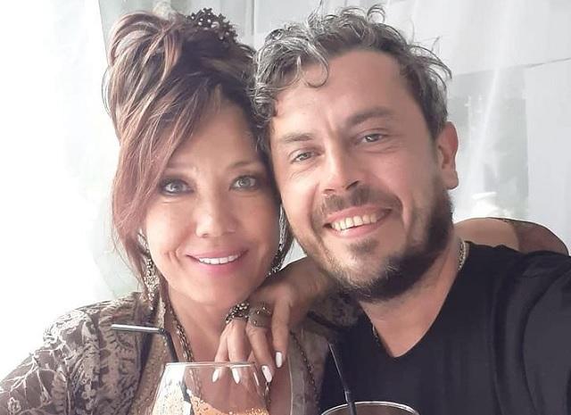 Азиза, муж Александро Лортэ