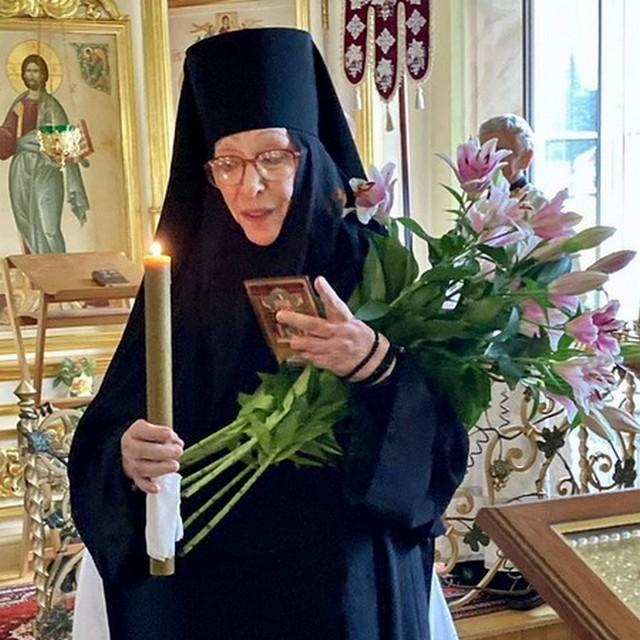Актриса Екатерина Васильева приняла монашеский постриг