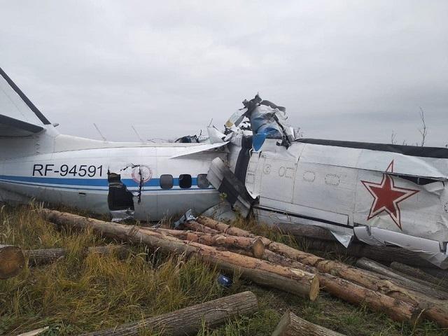 авиакатастрофа - разбился L-410